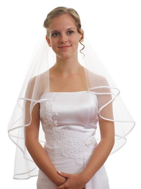 Самые продаваемые короткие белым покрывалом лента края свадебные аксессуары фату