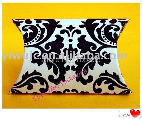 FREE SHIPPING--Damask Pillow Box,Wedding Favor Box, (JCO-A11)(China (Mainland))