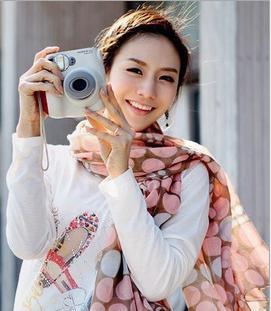 Новое поступление женщины прекрасны Dot шарфы хлопка шали оптовая продажа корейский диких мода вуаль шарф