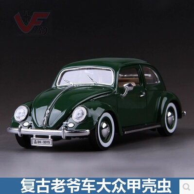 Volkswagen kafer-Beetle Bburago 1:18 Simulation retro classic cars model Beatles British Green Memorial car Collection(China (Mainland))