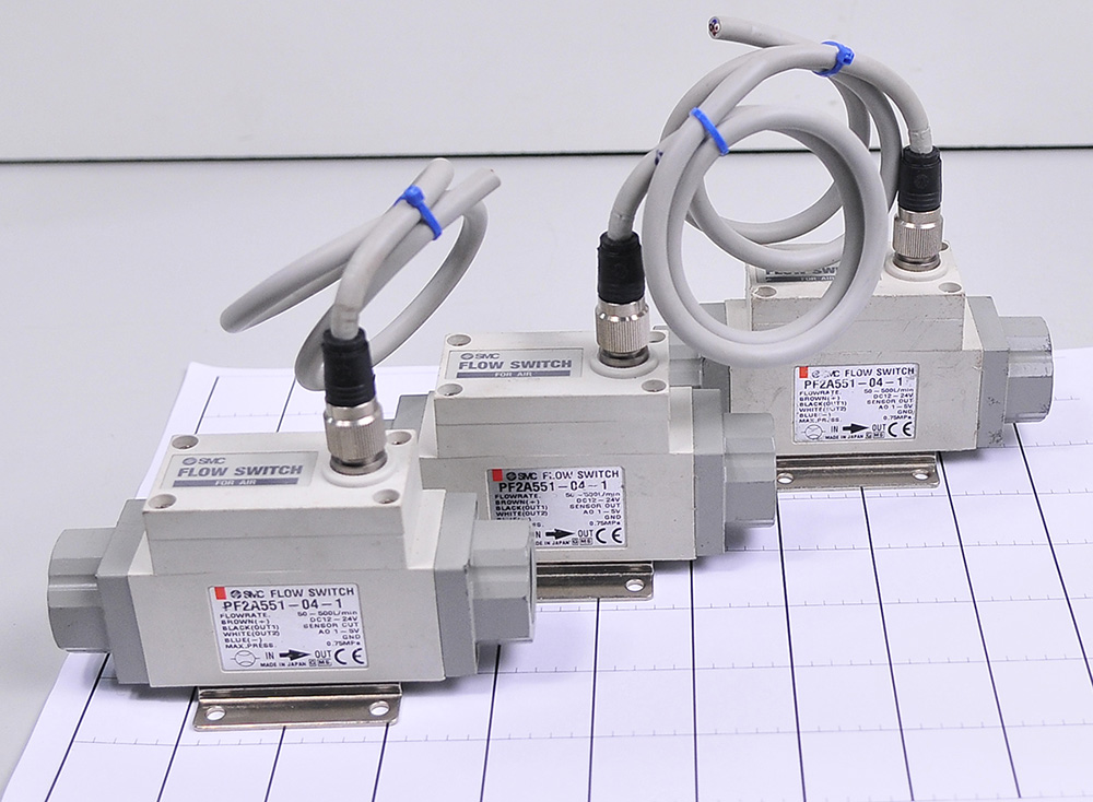 PF2A521 PF2A550 PF2A551 PFA710 PF2A721 PF2A71 flow switch<br><br>Aliexpress