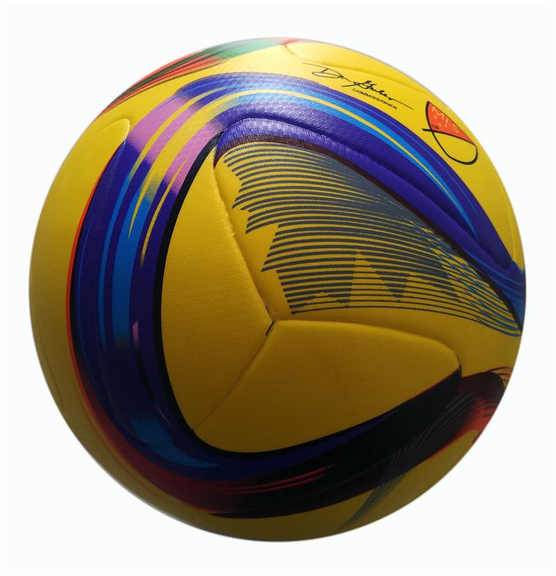 New 2016 Official Size 5 Football Ball PU High Quality Soccer Ballgranule Slip-resistant Match Training Football Seemless(China (Mainland))