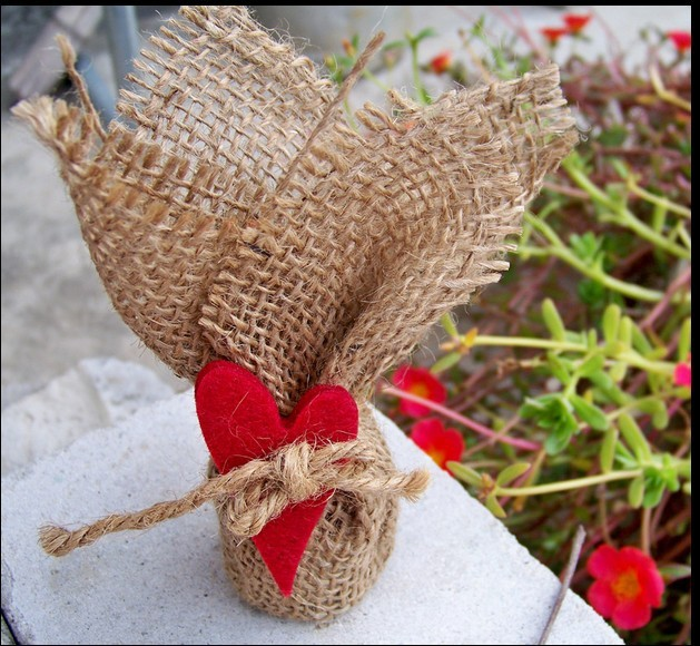 Vintage Natural Burlap Hessian Wrapper with Red Heart 30x30cm Jute Rustic Wedding Gift Bag<br><br>Aliexpress
