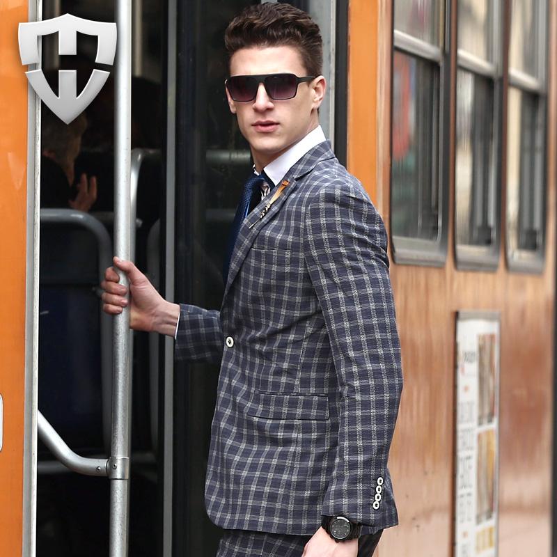 2016 Blazer Men Spring Single Button Leisure Blazers Men Suit Male Luxury Fashion Slim Fit Casual Gray Plaid Blazer Clothing(China (Mainland))
