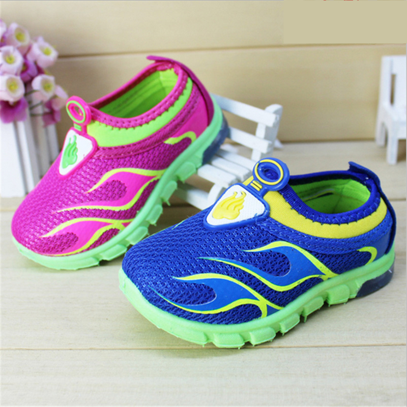 2016 Baby Kids LED Light Sneakers Velcro Breathable Mesh Rubber Sole Girls Boys Luminous Shoe Cool Children Sports Running Shoes<br><br>Aliexpress