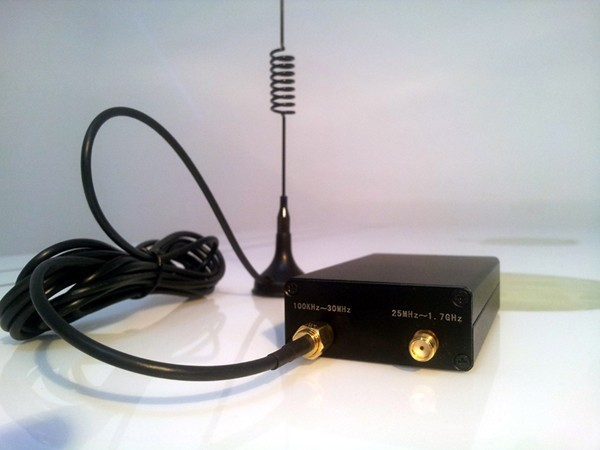 100 KHZ to 1.7 GHz all band radio RTL - SDR receiver RTL2832 + R820T RTL-SDR(China (Mainland))