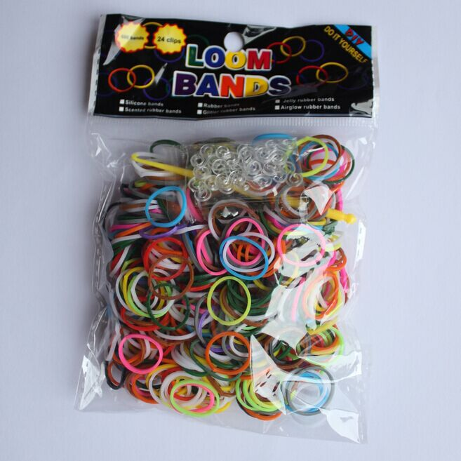 600 Pcs Mixed Color Popular Gum For Bracelets Loom Silicone Rubber Band Bracelets DIY Loom Bands Children's Toys Charms For Gift(China (Mainland))