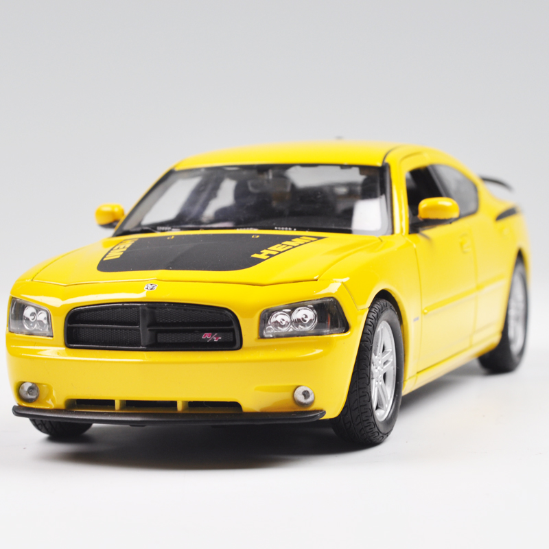 WELLY 1/24 Scale USA Dodge Charger Daytona R/T Diecast Metal Car Model Toy New In Box For Collection/Gift/Kids/Decoration(China (Mainland))