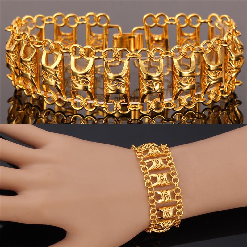 Gold Bracelets For Women. Jewellery Designs Bracelets. Gold Simple ...