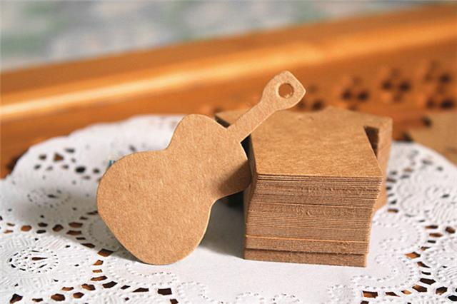 Guitar Shape Kraft Paper Tags Gift Flower Coffee Shop Plug-in Message Card Zakka Decoration Hang Tags Labels(China (Mainland))