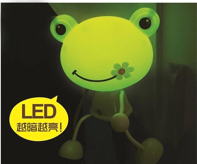 2pcs/lot Frog LED Decoration Photoreceptor NightLight Bedside Lamp Cartoon Decorate Night Light Free Shipping 12000435(China (Mainland))