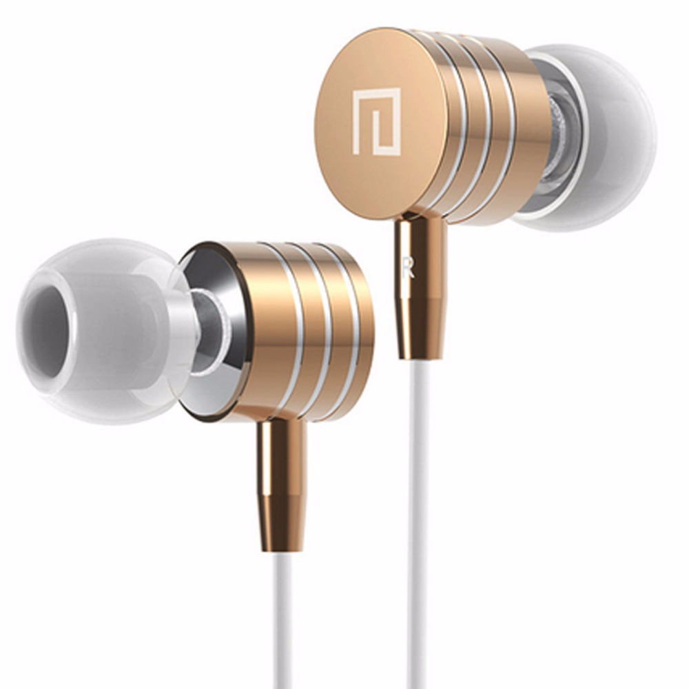 Hot Sale 3.5mm Metal Headsets Earphones Headphone Super Bass Stereo Earbuds with Mic for mobile phone MP3 MP4 I7(China (Mainland))