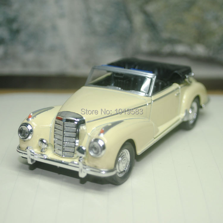 (5pcs/pack) Wholesale 1/36 Scale Vintage Car Toys Classical Convertible 1955 300S Diecast Metal Pull Back Car Model Toy(China (Mainland))