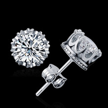 925 Sterling Sliver Fashion Jewelry 8MM Round 2 Carat Cubic Zirconia Silver Stud Earrings for Women(China (Mainland))