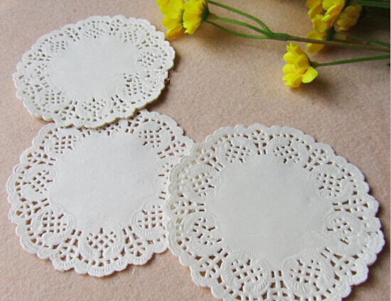 100pcs /set of 3.5 inches round lace paper White Round Lace Paper Doilies Hollow Out Pad for feastival decoration AE03324(China (Mainland))