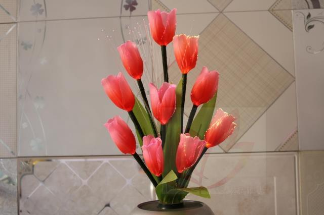 The new patented LED light -emitting optical fiber simulation lanterns to send a friend a gift with a tulip flower pots(China (Mainland))