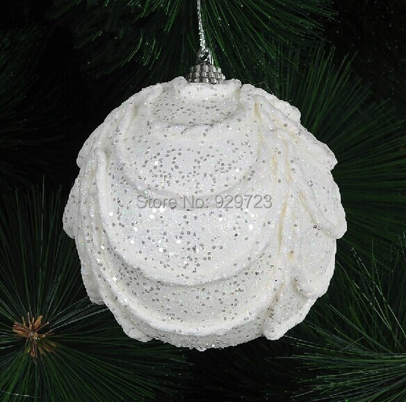 White foam snow globes christmas ball Wholesale 2016 Free Shipping Christmas Gifts 8CM luxury Christmas tree pendant 15g/pcs(China (Mainland))
