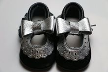 100 pairs/lot Genuine Leather shoes for baby
