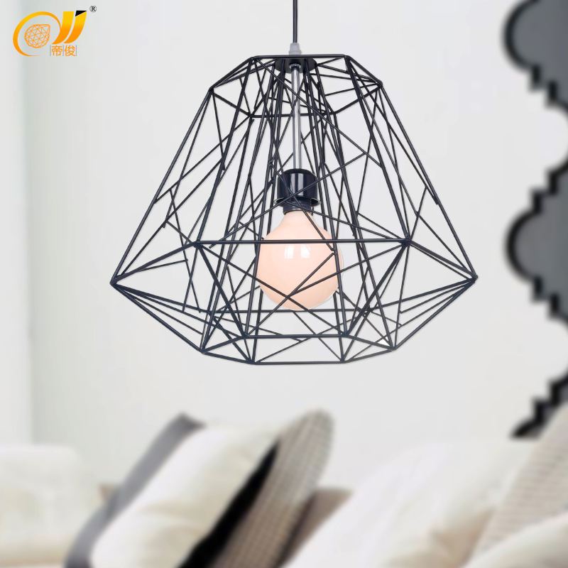 restaurant lampe pendentif lumi re classique lampe de nid d 39 oiseau diamant tricot forg cage de. Black Bedroom Furniture Sets. Home Design Ideas