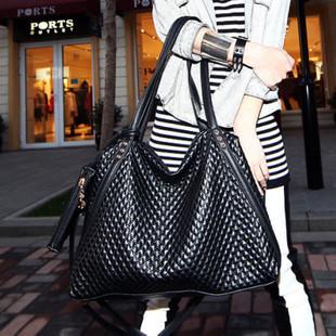Handbags Wholesale New Black Diamond Big  European And American Export Portable Shoulder Messenger Bag<br><br>Aliexpress