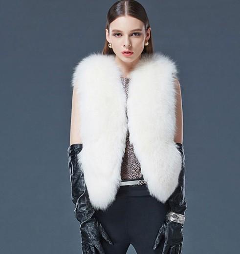 2013 new faux fx fur vest faux fur short design top female outerwear fur vest(China (Mainland))