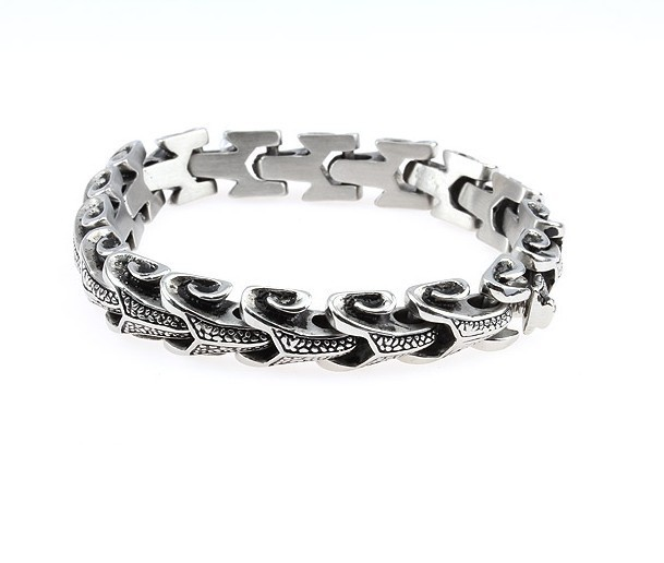 Stainless Steel Ring With Lizards