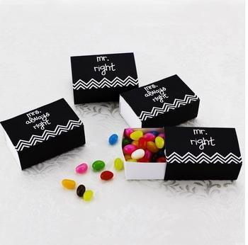 2015 NEW ARRIVAL+Mr Right&Mrs Always Right Favor Box Small Candy Box Sweet Box Wedding Accessories(China (Mainland))