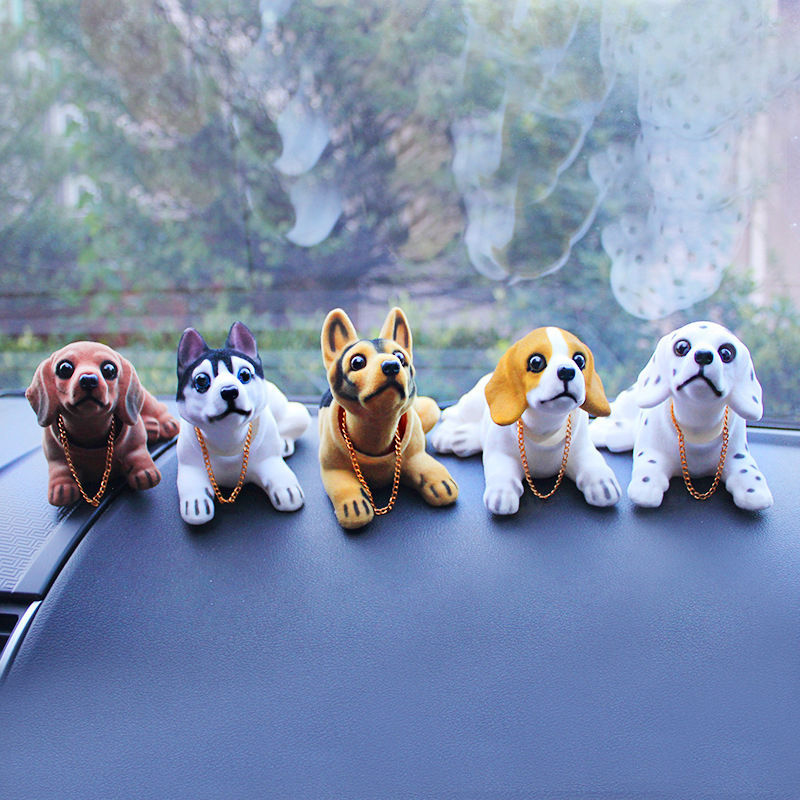 1pcs Nodding Doll Dog Car Toy Animal Ornaments Decoration Gift Cute Shaking Head Dog For Car Decoration(China (Mainland))
