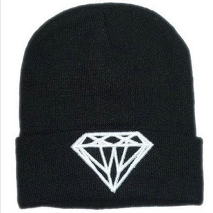 Hot Sale Diamond Flat Embroidery Men & Women Beanie Winter Knitted Cap Hats Free Shipping BE030(China (Mainland))