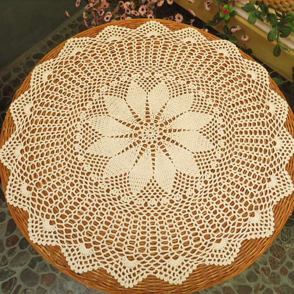 handmade vintage crochet round tablecloth table topper coffee tea table cloth cover/toalha de mesa(China (Mainland))