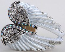 Angel wings brooch pin pendant women biker jewelry gift W crystal wholesale dropshipping BD03 antique gold & silver plated(China (Mainland))