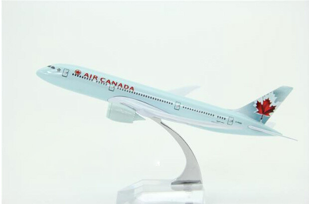20cm Passenger plane modelB787-8 Air Canada B787-8 aircraft Metal Solid simulation airplane model for kids toys Christmas gift(China (Mainland))