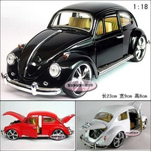 Candice guo! Hot sale classical alloy model car 1:18 beetle bubble car birthday gift 1pc(China (Mainland))