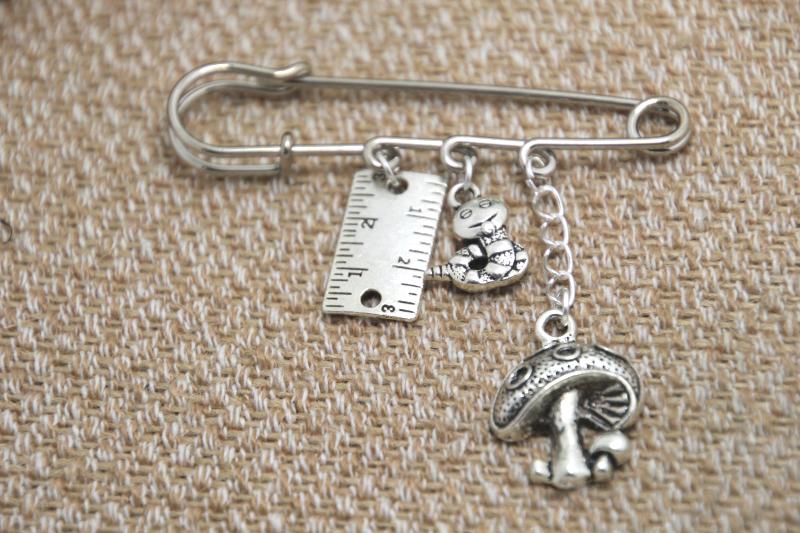 12pcs Alice in Wonderland Caterpillar font b kilt b font themed charm pin brooch 38mm