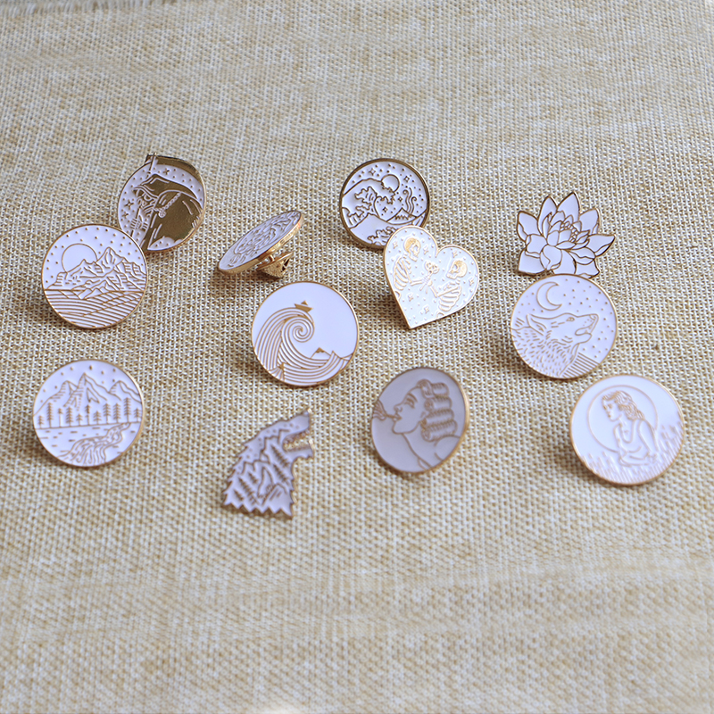 Pinback Buttons Badges Pins Bee Animal Natural History Vintage Lapel Pin Brooch Clip Trendy Accessory Jacket T-Shirt Bag Hat Shoe