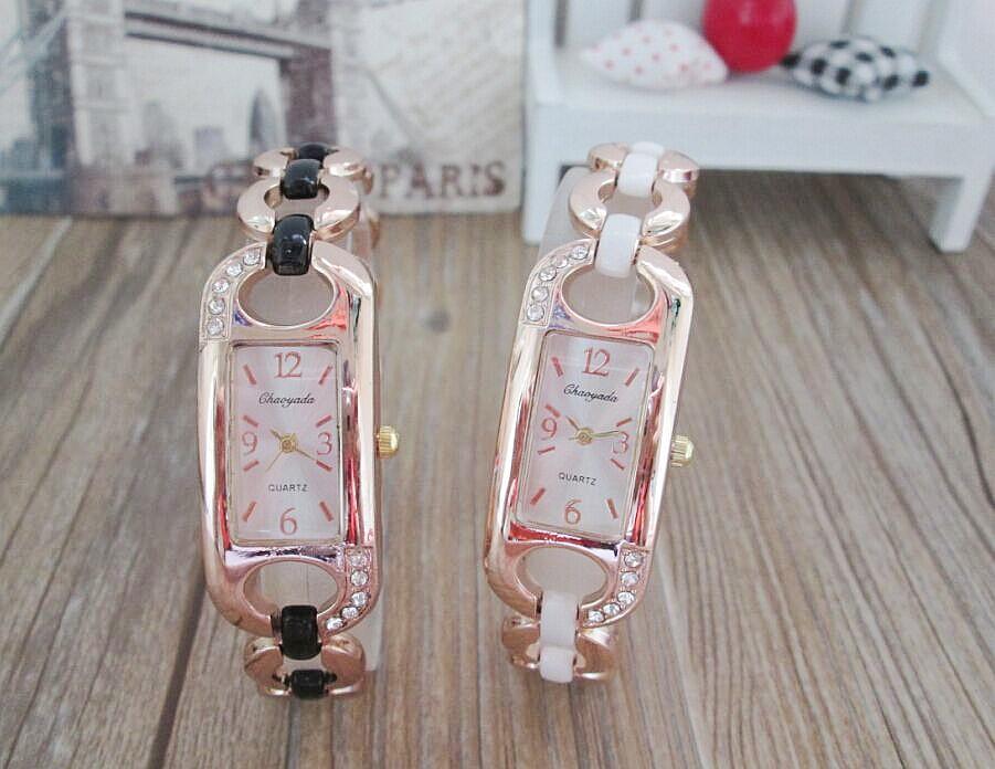 New Fashion Brand Watches Women Bracelet Wristwatches Quartz Watches Lady crystal Hours women watch