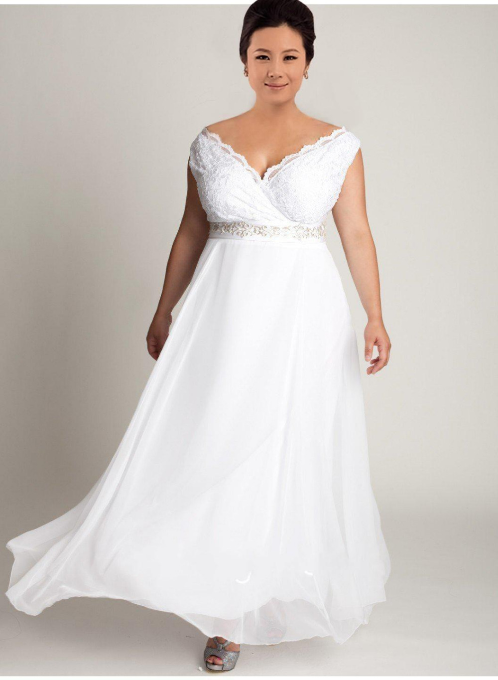 Cheap plus size v neck long lace wedding dress 2016 simple for Cheap plus size lace wedding dresses