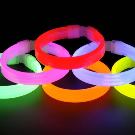 2015 glowing toys NEW DIY bracelet Glow stick luminous light bar light sticks Concerts STICK bracelet stick(China (Mainland))