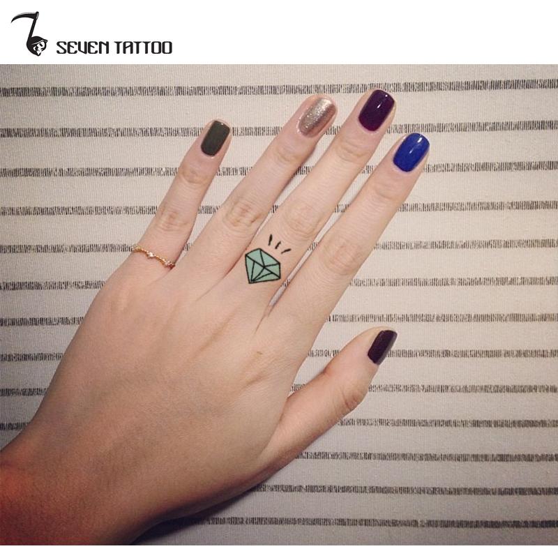 Small Diamond Finger Henna