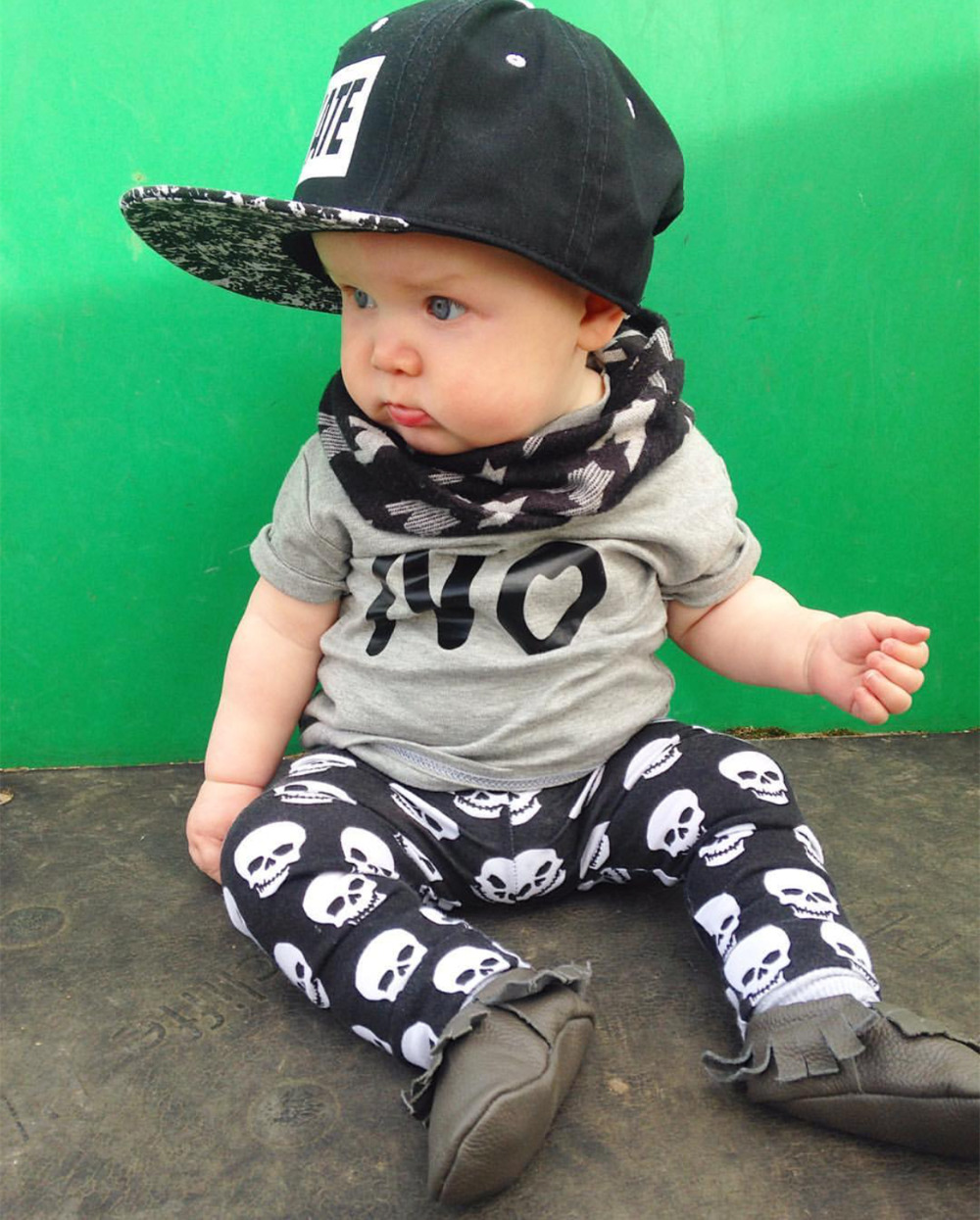 2016 Summer Style Infant Clothes Baby Boy Clothes Cotton Short Sleeve Letter T Shirt+Pants 2 Pcs Baby GIrl Clothing set(China (Mainland))