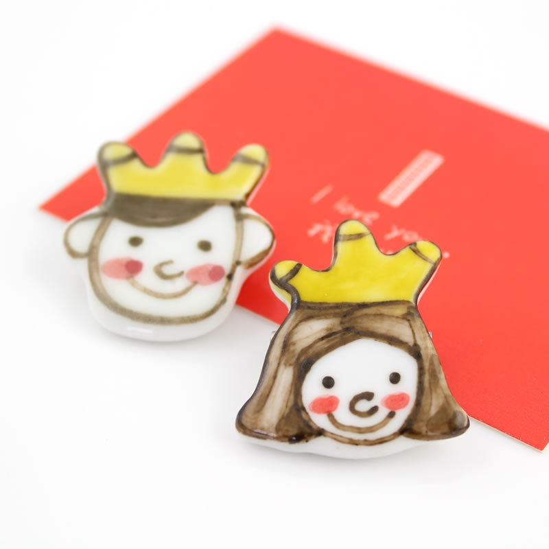New Hot Sale popular cute cartoon princess&prince brooch handicarft ceramics lovely brooches for girl accessories free shipping(China (Mainland))