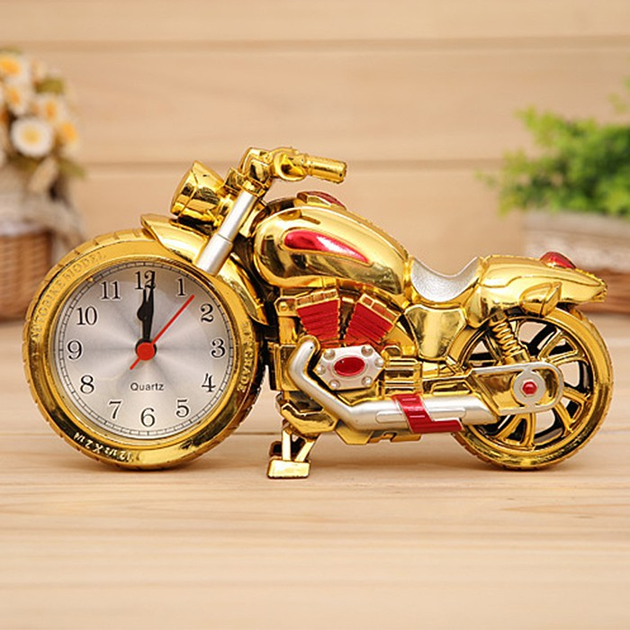 2015 Hot Classic Retro Motor Cycle Model With Clock Creative Mini Green Motorcycle Children Birthday Gofts Home Decoration(China (Mainland))