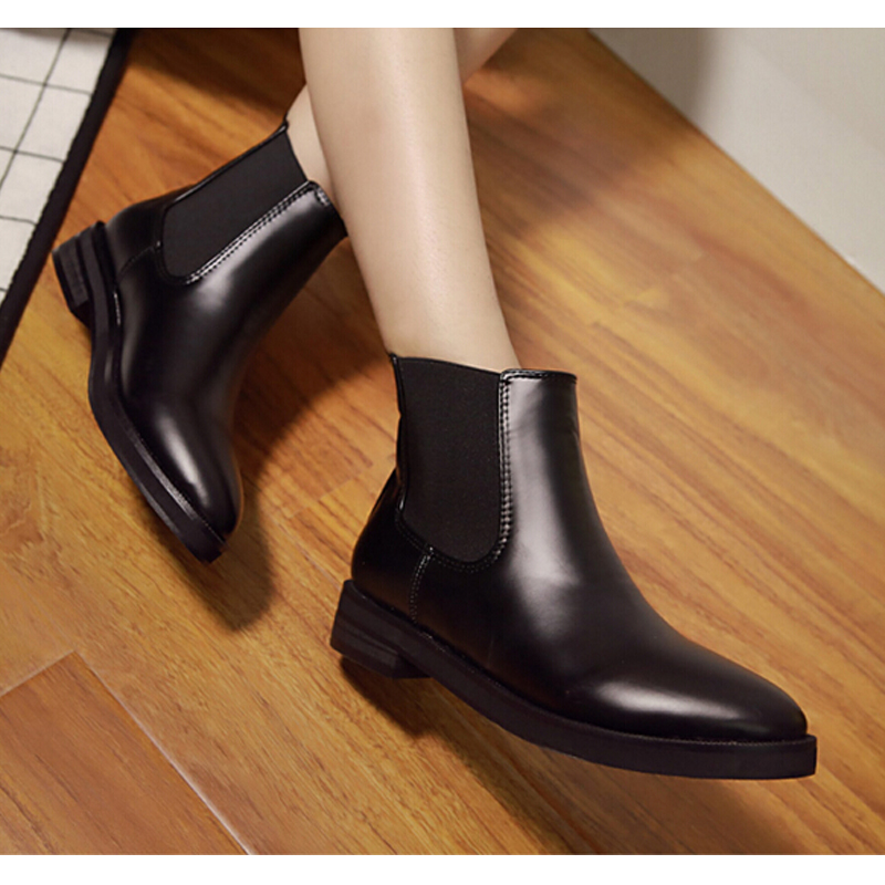 2016 New Arrival Womens Fashion Winter Pointed Toe Ankle Boots Women British Retro Flats Shoes Martin Boots Black QD0016<br><br>Aliexpress