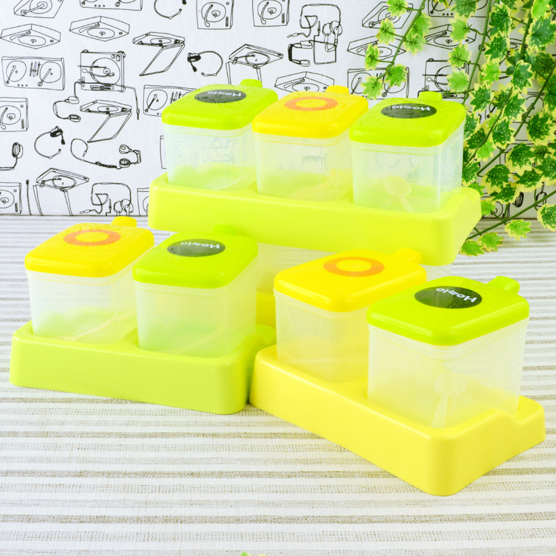 Kitchen supplies plastic clamshell boxes cruet spice jar seasoning salt tank suit with spoon box free shipping(China (Mainland))
