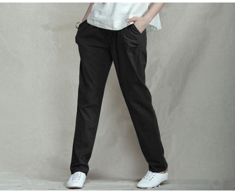 Women's plus size elastic waist twill pants