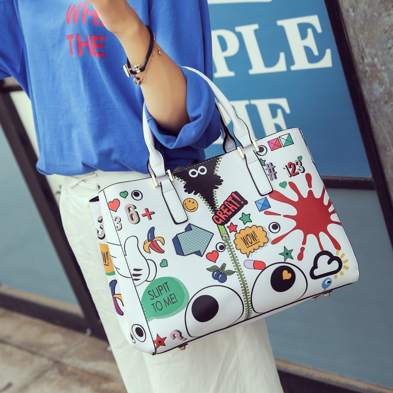 2016 New Nice Cartoon Printing Women Handags 2 Color And 3 Kind Style Available Women's Handbag High Quality Women Messenger Bag(China (Mainland))