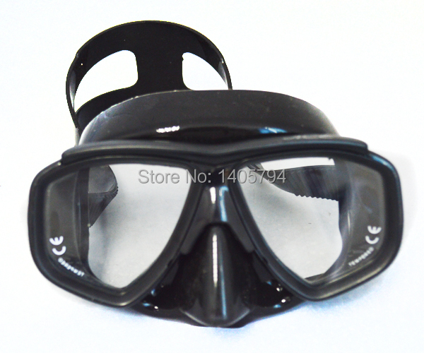 1 piece ultra low volume black diving mask adult scuba mask with tempered glass lens freediving mask hotsale(China (Mainland))