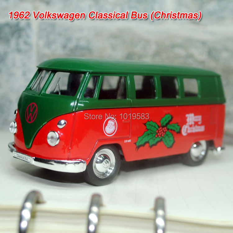 Brand New Christmas Version 1962 Volkswagen Bus 1/36 Scale Diecast Metal Pull Back Car Model Toy For Gift/Children/Kids(China (Mainland))