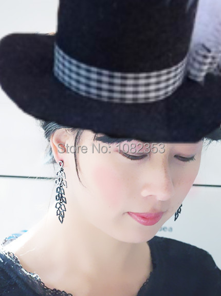 2015 fashion leaf style casting with black stones long drop earring lady jewelry special luxury personal cool accessory(China (Mainland))