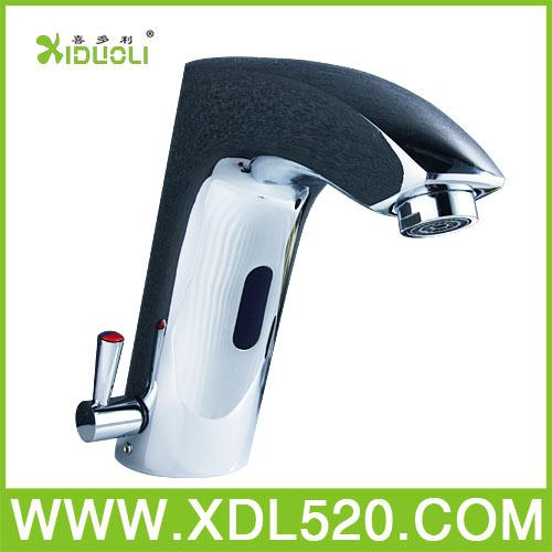 XIDUOLI Modern High quality white silver sensor faucet alkaline water drops from hospital drop shipping(China (Mainland))